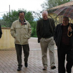 Visting Perticaia Wineards with Guests April 2009